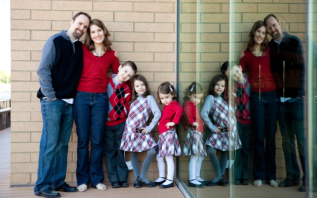 family_bagshaw_2011_f-76-c_web.jpg