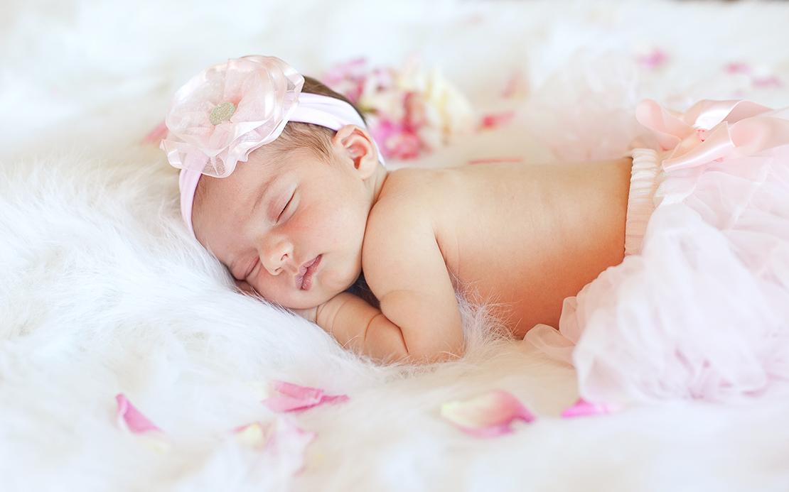 newborn_layla_f-38-c_web.jpg