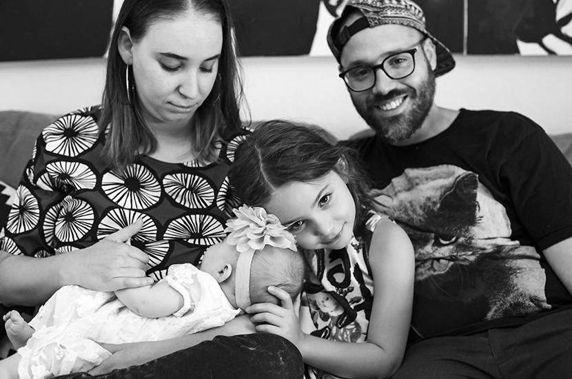 family_newborn_yael-rosen_f-105bw-BLOG